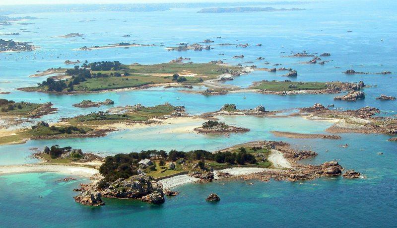 Iles Enez Illiec Et Saint Gildas Dans La Baie De Port Blanc